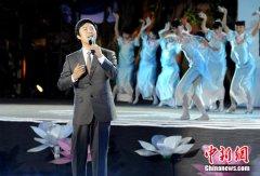 费玉清宣布退出演艺圈:学习慢活,过云淡风轻的日子