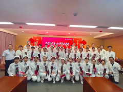 """上海普瑞眼科医院举办""""秀天使英姿,展护士风采""""礼仪"""